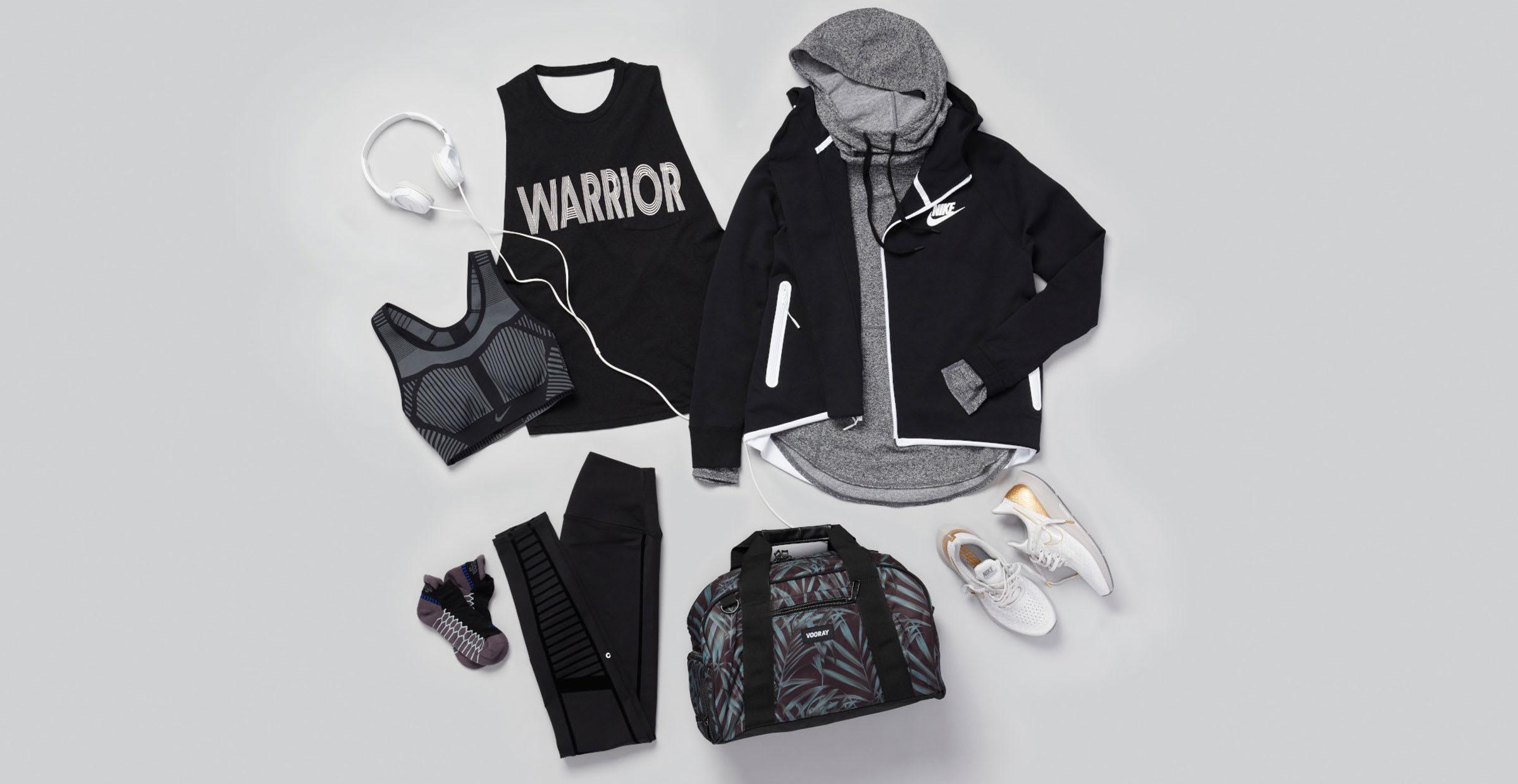 Black leggings outfit