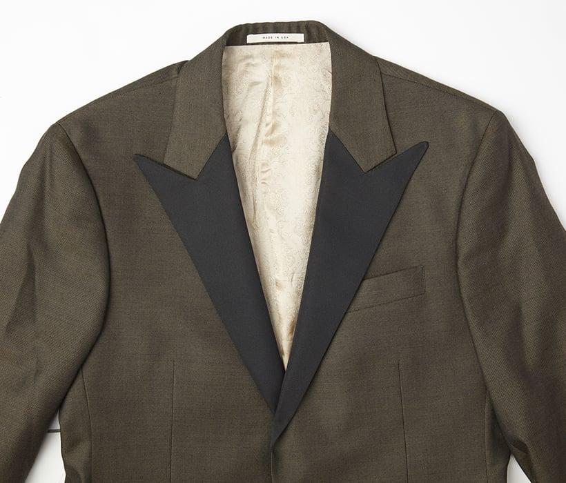 Tuxedo jacket with peak lapels in black grosgrain