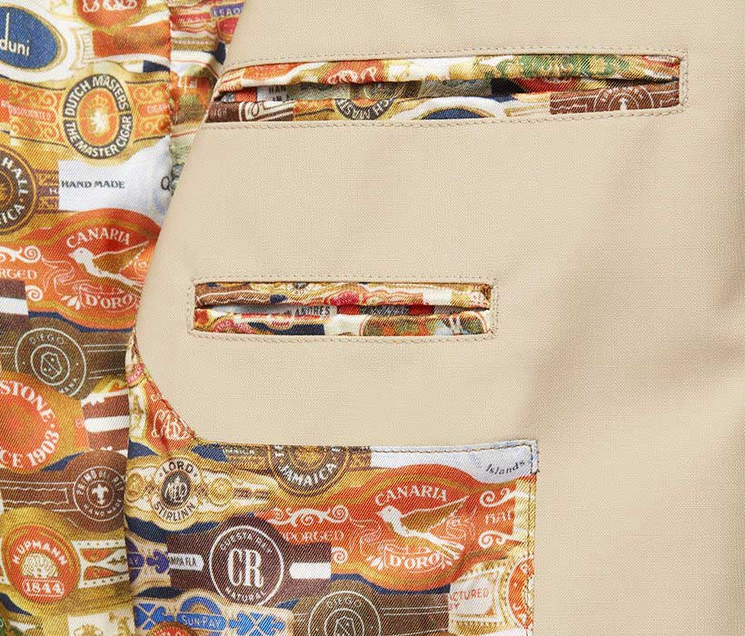 Colorful cigar-label lining for a waterproof trench