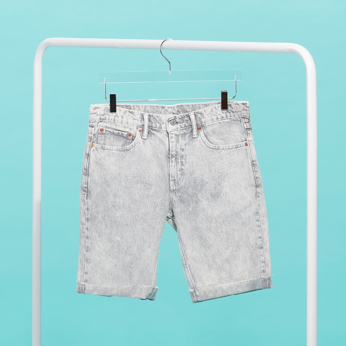 Washed denim shorts for men