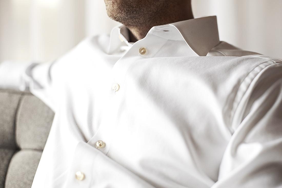 The six men s wardrobe essentials no 1 the crisp white for Best white shirt mens