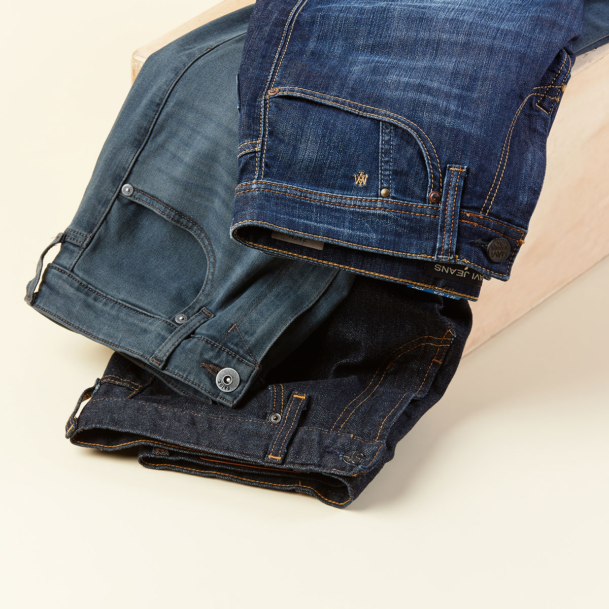 Men's dark denim