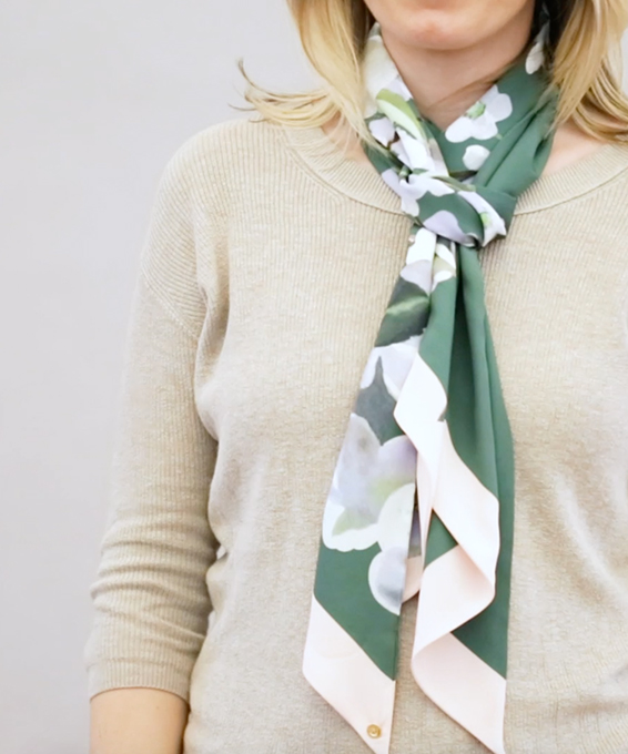 6 Ways to Style Your Scarves