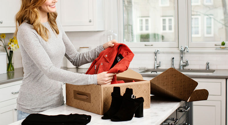 Clothes box for women