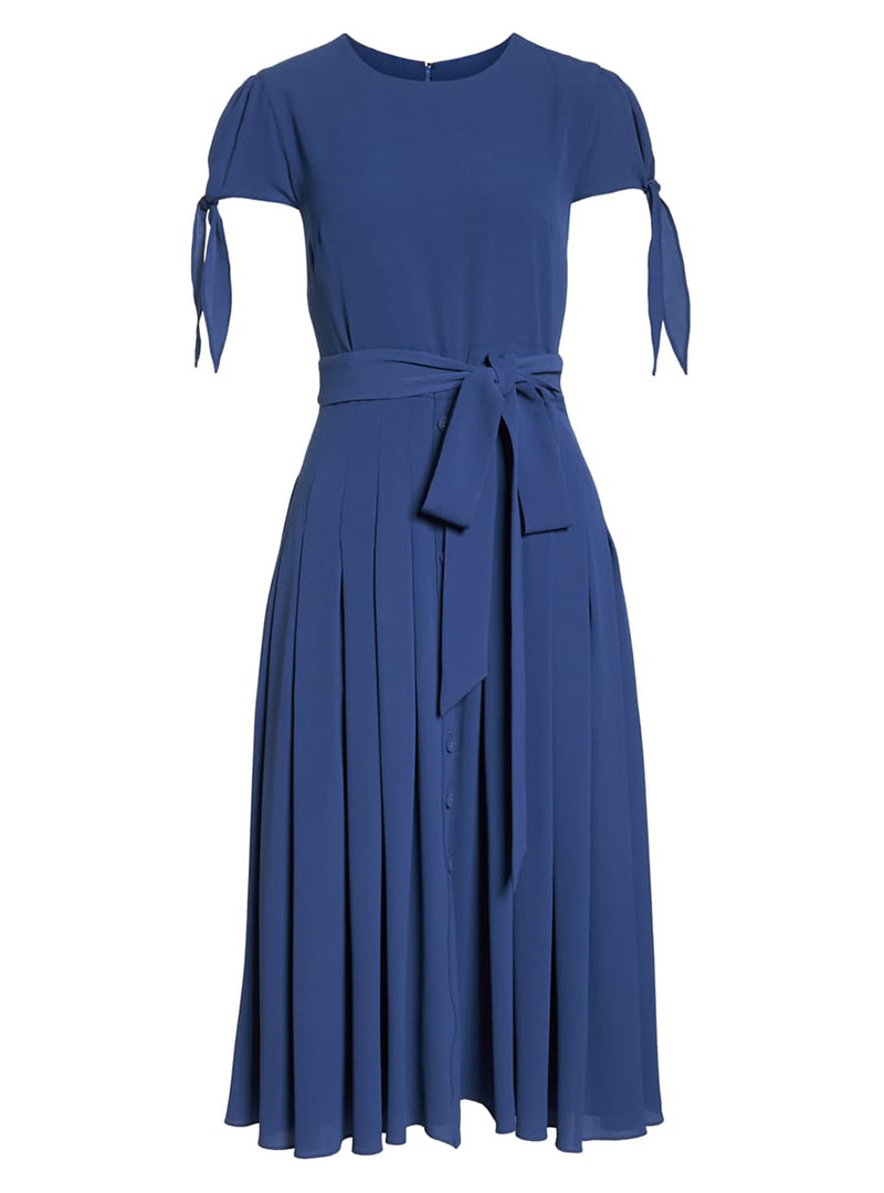 Short-sleeve blue dress