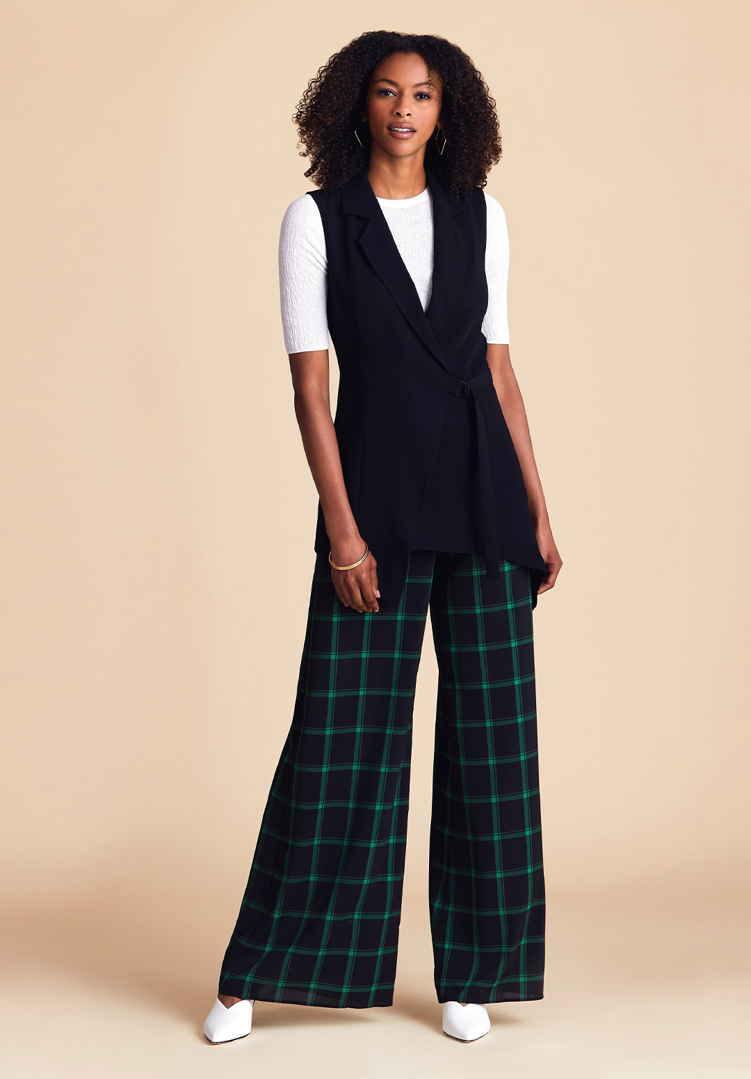 inverted triangle shape workwear look