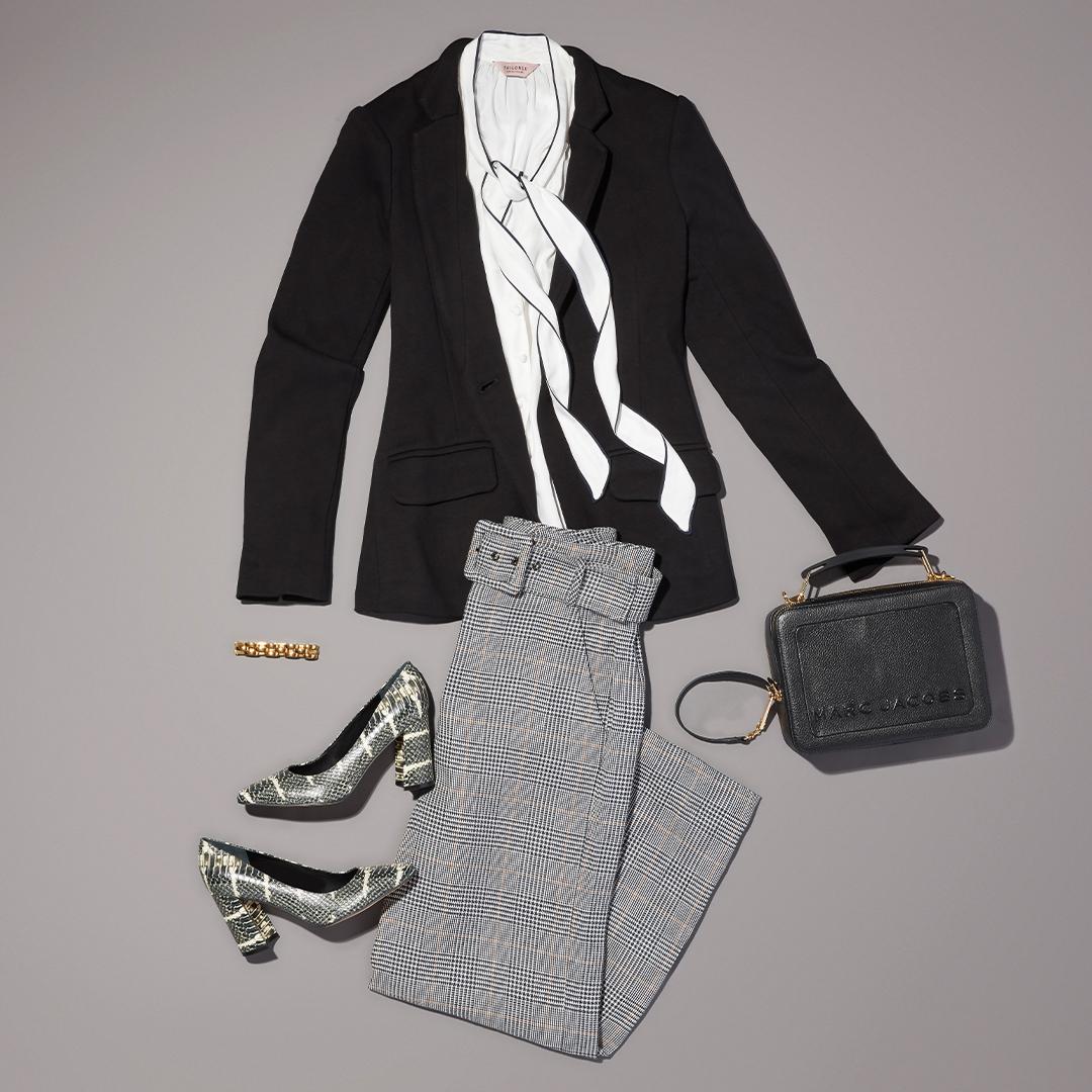 https://www.trunkclub.com/blog/capsule-work-wardrobe-business-casual