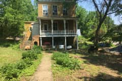 House sit in Bolivar, West Virginia, US