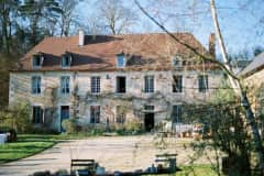 House sit in Espinasse-Vozelle, France