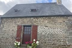 House sit in Passais, France