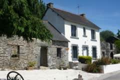 House sit in Guerlédan, France