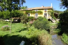 House sit in Champagne-Mouton, France