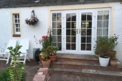 House sit in Kirkliston, United Kingdom