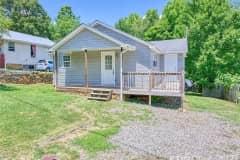 House sit in Waynesville, NC, US