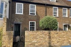 House sit in Kew Green, United Kingdom