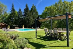 House sit in Chablis, France