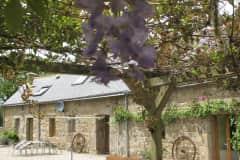 House sit in Saint-Nicolas-du-Pélem, France