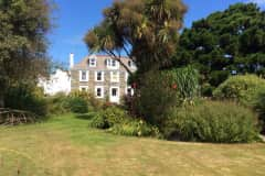 House sit in Saint Sampson, Guernsey