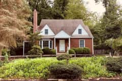 House sit in Falls Church, VA, US