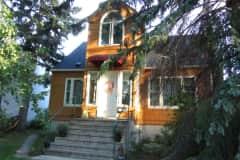 House sit in Edmonton, AB, Canada