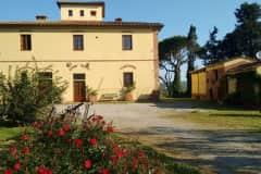 House sit in Peccioli, Italy