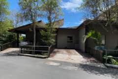 House sit in Honolulu, HI, US