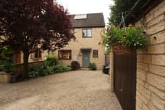 House sit in Charlbury, United Kingdom