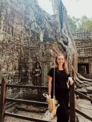 Traveling Angkor Wat Temples!