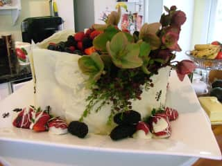 The Secret Garden - picnic cake