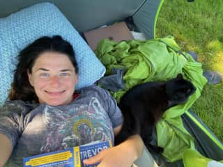 Backyard camping and book reading with Coco the Kitty!