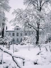 This is the house under snow