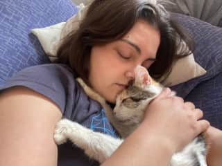Adriana sleeping with Vera