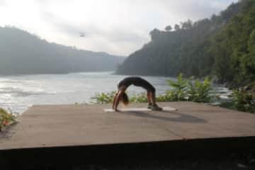 Yoga on the Niagara gorge.