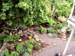 Ginny likes to garden