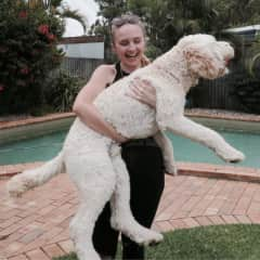 Jenn and her labradoodle