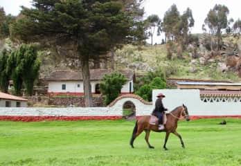 Josee horseback riding in Peru