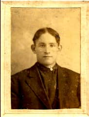 I love genealogy.  I've delved into this the past 20 years and my biggest success was finding a picture of my great-grandfather who died at 37 years old.