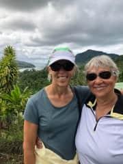 Susan and Suzanne in Tahiti