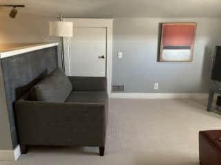 3rd Floor sitting area