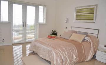 Guest room with en suite
