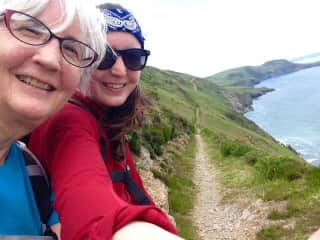 Mother-daughter 100-mile trek up the Wales Coastal Path, an unforgettable experience.
