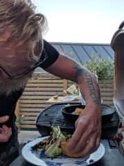 Kristoffer Cooking