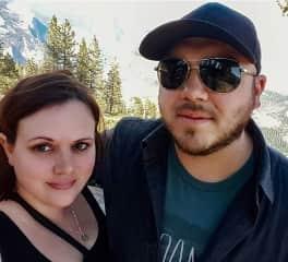 Elizabeth and Matthew hiking in Yosemite National Park