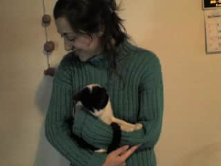 Here I am with mi kitty when she was such a baby cat.