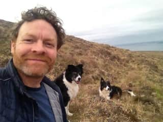 KMC with Siog and Lugh on Bloody Foreland, looking out at Tory Island.