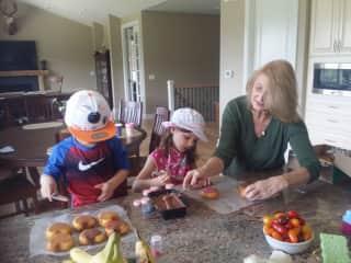 I'm a proud grandma of 4!