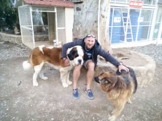 Ivan made lots of new friends while we were in Turkey.