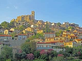 Eus Village