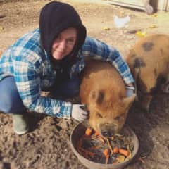 Lindsay with our pig, Ernie