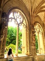 Antonella at awe in San Juan de Los Reyes monastery in Toledo Spain. Crazy about all things medieval.